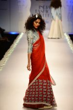 Model walk the ramp for Anju Modi on day 1 of Amazon India Fashion Week on 25th March 2015 (86)_5513cbc778994.JPG