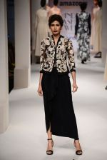 Model walk the ramp for Kavita Bhartia on day 1 of Amazon India Fashion Week on 25th March 2015 (259)_5513d1dd1fced.JPG