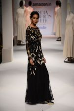 Model walk the ramp for Kavita Bhartia on day 1 of Amazon India Fashion Week on 25th March 2015 (311)_5513d2c6115a5.JPG