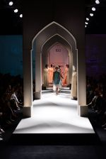 Model walk the ramp for Kavita Bhartia on day 1 of Amazon India Fashion Week on 25th March 2015 (313)_5513d2dfa1502.JPG