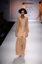 Model walk the ramp for Nikasha on day 1 of Amazon India Fashion Week on 25th March 2015 (18)_5513d1e5ab26f.JPG