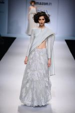 Model walk the ramp for Payal Singhal on day 1 of Amazon India Fashion Week on 25th March 2015 (33)_5513d46d48150.JPG