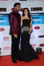 Abhishek Bachchan, Aishwarya Rai Bachchan at HT Mumbai_s Most Stylish Awards 2015 in Mumbai on 26th March 2015 (1131)_5515428005137.JPG