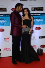 Abhishek Bachchan, Aishwarya Rai Bachchan at HT Mumbai_s Most Stylish Awards 2015 in Mumbai on 26th March 2015 (1133)_5515428147adf.JPG