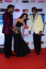 Abhishek Bachchan, Aishwarya Rai Bachchan, Amitabh Bachchan at HT Mumbai_s Most Stylish Awards 2015 in Mumbai on 26th March 2015 (1158)_5515447146a8e.JPG