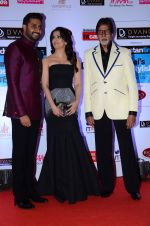 Abhishek Bachchan, Aishwarya Rai Bachchan, Amitabh Bachchan at HT Mumbai_s Most Stylish Awards 2015 in Mumbai on 26th March 2015 (1175)_5515447729827.JPG