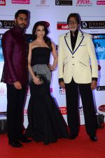 Abhishek Bachchan, Aishwarya Rai Bachchan, Amitabh Bachchan at HT Mumbai_s Most Stylish Awards 2015 in Mumbai on 26th March 2015 (1188)_551543abe9d68.JPG