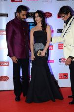 Abhishek Bachchan, Aishwarya Rai Bachchan, Amitabh Bachchan at HT Mumbai_s Most Stylish Awards 2015 in Mumbai on 26th March 2015 (1214)_5515448491831.JPG