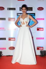 Deepika Padukone at HT Mumbai_s Most Stylish Awards 2015 in Mumbai on 26th March 2015 (1505)_551549a69f956.JPG