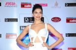 Deepika Padukone at HT Mumbai_s Most Stylish Awards 2015 in Mumbai on 26th March 2015 (1566)_55154a45445a0.JPG