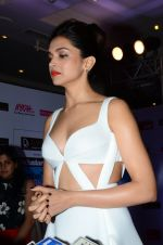 Deepika Padukone at HT Mumbai_s Most Stylish Awards 2015 in Mumbai on 26th March 2015 (1609)_55154c6b02614.JPG