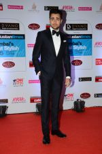 Imran Khan at HT Mumbai_s Most Stylish Awards 2015 in Mumbai on 26th March 2015(2173)_551540e07ad2a.JPG