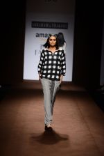 Model walk the ramp for Abraham Thakore on day 2 of Amazon India Fashion Week on 26th March 2015 (14)_551526e9a2cd1.JPG