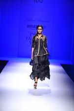 Model walk the ramp for Malini Ramani on day 2 of Amazon India Fashion Week on 26th March 2015 (305)_55152e0d54bfb.JPG