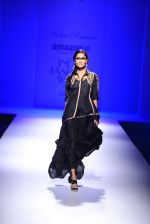 Model walk the ramp for Malini Ramani on day 2 of Amazon India Fashion Week on 26th March 2015 (306)_55152e0e63a1e.JPG