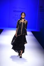 Model walk the ramp for Malini Ramani on day 2 of Amazon India Fashion Week on 26th March 2015 (307)_55152e0fc7a16.JPG