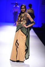 Model walk the ramp for Malini Ramani on day 2 of Amazon India Fashion Week on 26th March 2015 (322)_55152e2aa6cfc.JPG