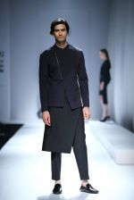 Model walk the ramp for Rohit & Rahul Gandhi on day 2 of Amazon India Fashion Week on 26th March 2015 (106)_55152dfebb754.JPG