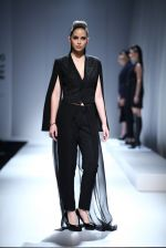 Model walk the ramp for Rohit & Rahul Gandhi on day 2 of Amazon India Fashion Week on 26th March 2015 (119)_55152e0de4c6b.JPG