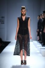 Model walk the ramp for Rohit & Rahul Gandhi on day 2 of Amazon India Fashion Week on 26th March 2015 (129)_55152e1b71905.JPG