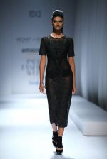 Model walk the ramp for Rohit & Rahul Gandhi on day 2 of Amazon India Fashion Week on 26th March 2015 (139)_55152e2e3b35e.JPG