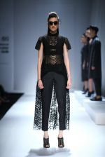 Model walk the ramp for Rohit & Rahul Gandhi on day 2 of Amazon India Fashion Week on 26th March 2015 (164)_55152e673d29f.JPG