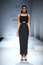 Model walk the ramp for Rohit & Rahul Gandhi on day 2 of Amazon India Fashion Week on 26th March 2015 (181)_55152e80b314f.JPG