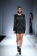 Model walk the ramp for Rohit & Rahul Gandhi on day 2 of Amazon India Fashion Week on 26th March 2015 (184)_55152e8499f0c.JPG