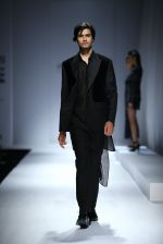Model walk the ramp for Rohit & Rahul Gandhi on day 2 of Amazon India Fashion Week on 26th March 2015 (188)_55152e8b5deda.JPG