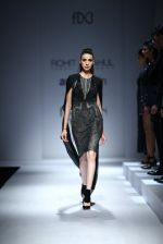 Model walk the ramp for Rohit & Rahul Gandhi on day 2 of Amazon India Fashion Week on 26th March 2015 (198)_55152e98b8d6d.JPG