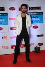 Shahid Kapoor at HT Mumbai_s Most Stylish Awards 2015 in Mumbai on 26th March 2015 (780)_55154c2ee87d1.JPG