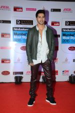 Varun Dhawan at HT Mumbai_s Most Stylish Awards 2015 in Mumbai on 26th March 2015(1584)_5515409e6d81c.JPG