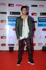 Varun Dhawan at HT Mumbai_s Most Stylish Awards 2015 in Mumbai on 26th March 2015(1591)_551540a81a805.JPG