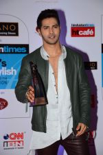Varun Dhawan at HT Mumbai_s Most Stylish Awards 2015 in Mumbai on 26th March 2015(1948)_551540b86d617.JPG