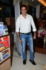 Anup Soni at Susheela Pathak_s Great Grandma_s Kitchen Secret Book Launch in Mumbai on 29th March 2015 (50)_551914e741906.JPG