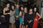 Sukirti Kandpal, Anang Desai at Dilli Wali Thakur girl bash in Pali Hill on 30th March 2015 (82)_551a49950bb72.JPG