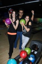 Shazahn Padamsee, Vaishali Desai promotes Solid Patels in Smaash, Mumbai on 1st April 2015 (1)_551d0691b6a49.JPG