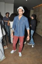 Taher Shabbir Mithaiwala watch Detective Byomkesh Bakshy at lightbox on 3rd April 2015 (75)_551fc800ce279.JPG