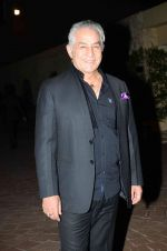 Dalip Tahil at Anupama Chopra_s book The Front Row in Taj Lands End, Mumbai on 7th April 2015 (33)_5524f0960613f.JPG