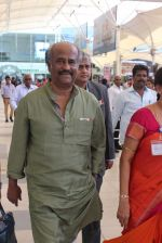Rajnikant snapped at Airport on 7th April 2015 (8)_5524f211a3b1a.JPG