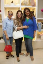 Anna Singh, Sharmila Khanna at Minerali store in Bandra, Mumbai on 8th April 2015 (59)_55265e82ae044.JPG
