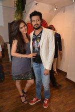 Genelia D Souza, Riteish Deshmukh at Avinash Punjabi store launch in Bandra 190 on 8th April 2015 (47)_5526666eef284.JPG