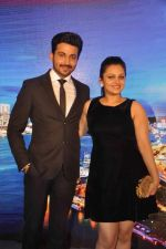 Neha Lakshmi Iyer, Dheeraj Dhoopar at Sasural Simar ka team at HK Tourism event in Four Seasons, Mumbai on 9th April 2015 (48)_55279d960fc35.JPG
