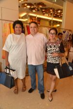 Sandeep Khosla at Abu Sandeep Spring Summer collection launch in kemps Corner, Mumbai on 10th April 2015 (12)_5528ff2beee14.JPG