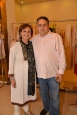 Sandeep Khosla at Abu Sandeep Spring Summer collection launch in kemps Corner, Mumbai on 10th April 2015 (40)_5528ff3126d3d.JPG