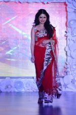 Bhagyashree on ramp for Beti show in J W Marriott on 12th April 2015 (112)_552b9414c2064.JPG