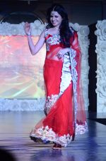 Bhagyashree on ramp for Beti show in J W Marriott on 12th April 2015 (114)_552b941bc1884.JPG