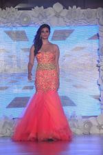 Daisy Shah on ramp for Beti show in J W Marriott on 12th April 2015 (150)_552b9433c43d5.JPG