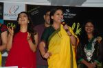 Juhi Chawla, Shabana Azmi at Chalk N Dust mahurat in Malad on 12th April 2015 (32)_552b920e657de.JPG