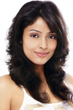 Megha Chatterjee Photo Shoot (2)_552b909763bd7.jpg